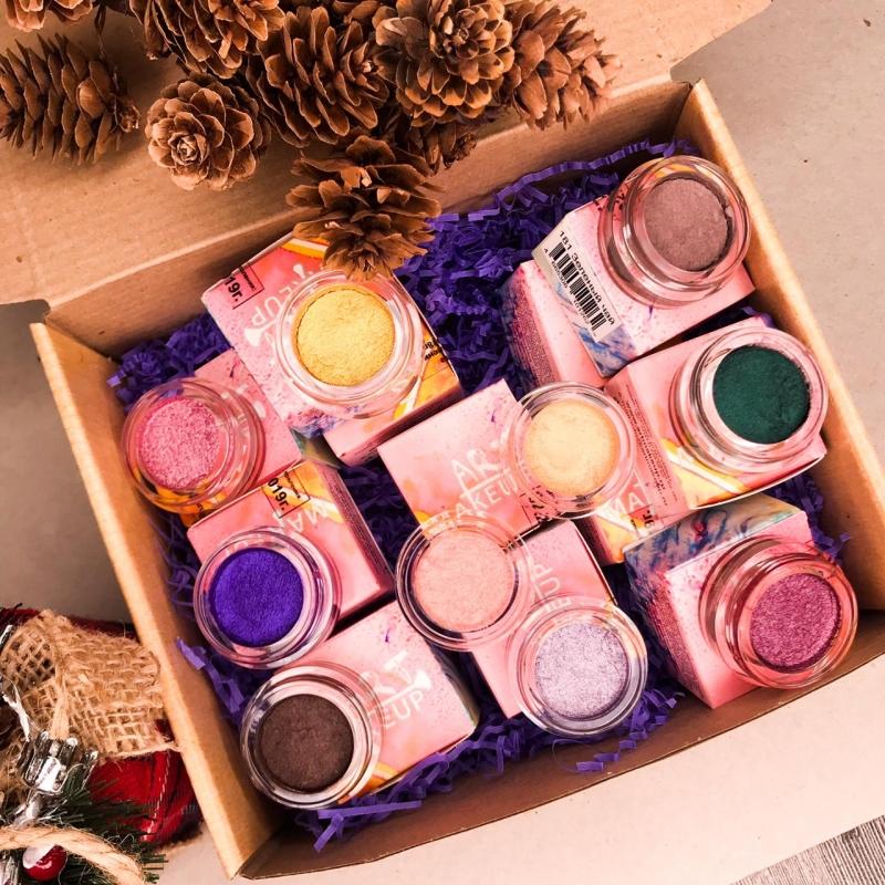 Новогодняя коробка тянучек